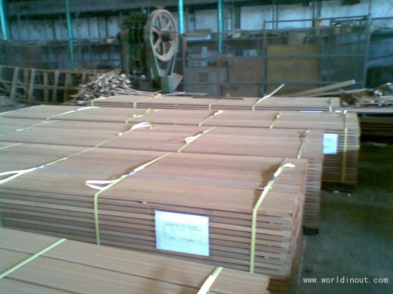 Bangkirai-decking-21x145-22