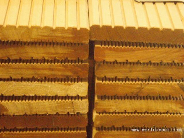Bangkirai decking 25x145 2