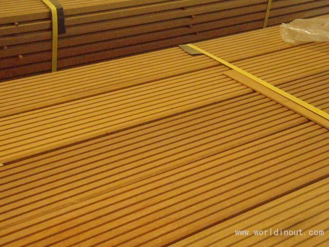 Bangkirai decking 25x145 22